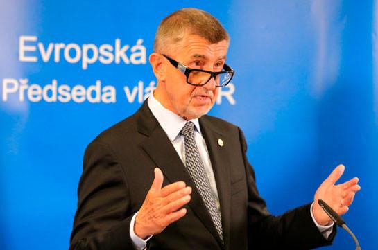 Премьер Чехии высказался за новые президентские выборы в Белоруссии