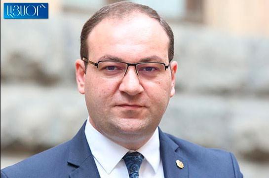 Решение трех партий о проведении митинга не имеет никакой связи с рассмотрением ареста Гагика Царукяна в суде – Арсен Бабаян