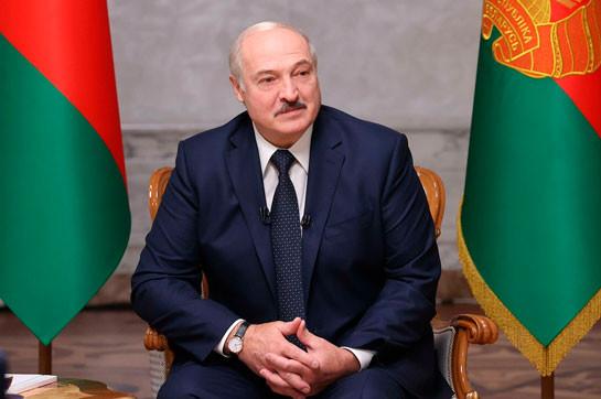Лукашенко заявил о провале «цветной революции» в Белоруссии