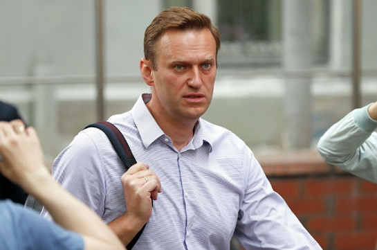 Navalny can come back to Russia at any time, Kremlin says