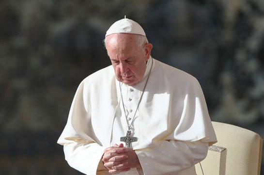Папа Римский помолился за мир на Кавказе и призвал стороны к диалогу и переговорам