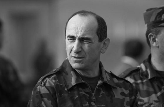 Роберт Кочарян: Сегодня не время говорить, что стало причиной столь дерзкого поведения врага, наш священный долг – защищать родину