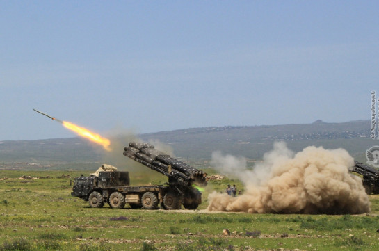 Azerbaijani Armed Forces use Smerch rocket system (video)