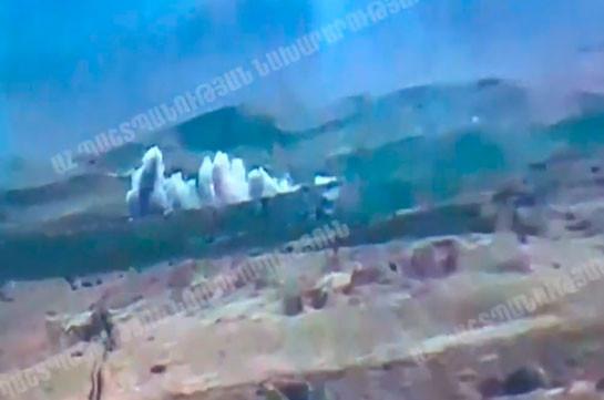 Азербайджан предпринял танковую атаку в северо-восточном направлении и потерял  десять единиц техники (Видео)