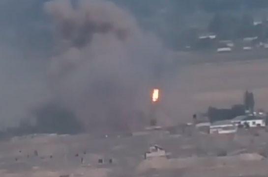 Ադրբեջանական «ՏՕՍ-1Ա» ծանր հրետանային համակարգերը տեղակայվում են բնակավայրում և այնտեղից կրակ բացում` կենդանի վահան դարձնելով իրենց իսկ քաղաքացիներին (Տեսանյութ)