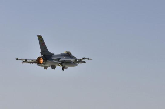 Азербайджан применил турецкие истребители F-16 также на северо-восточном и южном направлениях линии соприкосновения– Шушан Степанян