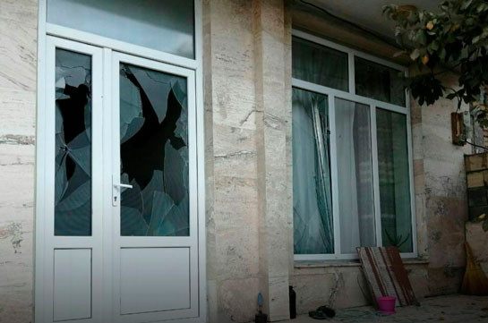 Azerbaijani rocket ends up on residential building in Iran, wounds a 6-yaer-old child