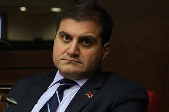 Многомиллионные западные проекты, инфраструктуры, газопроводы и нефтепроводы в Азербайджане должны впредь находиться под прицелом ВС Армении – Арман Бабаджанян