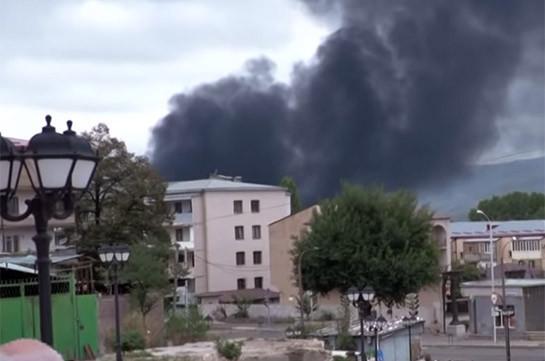 ВС Азербайджана с большой интенсивностью наносят ракетные удары по Степанакерту – Минобороны