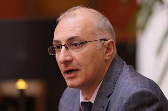 В Армению прибыл еще один самолет с гуманитарным грузом – Айкак Аршамян