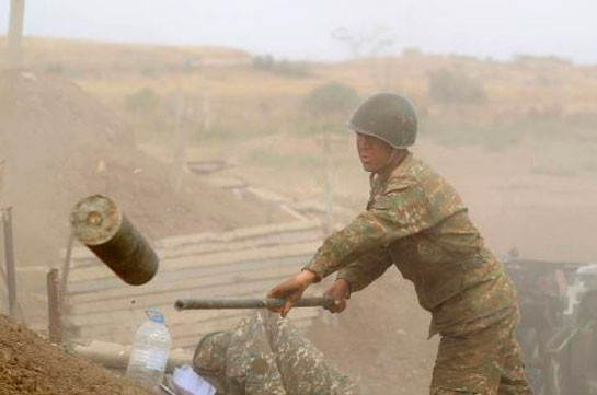 Армия обороны ведет ожесточенные бои на подступах к селам Мартунинского района, противник несет крупные потери – Ваграм Погосян