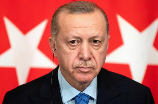 Эрдоган: Макрон встает и ложится с мыслями обо мне