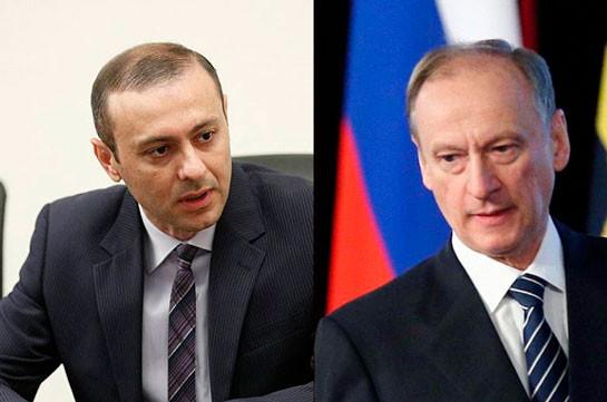 Армен Григорян обсудил с Николаем Патрушевым ситуацию в зоне карабахского конфликта