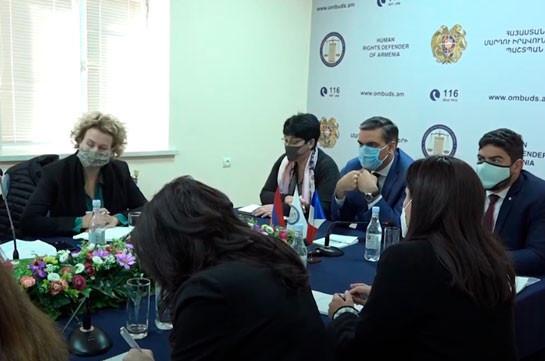 Омбудсмен Армении призвал французских парламентариев посетить Арцах, чтобы на месте увидеть разрушения и варварства ВС Азрбайджана