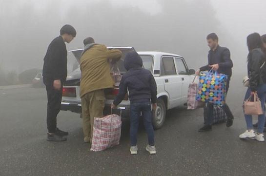 Российские миротворцы помогли почти тысяче беженцев приехать в Карабах
