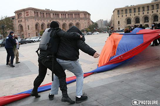 Полиция задержала 85 участников акции в Ереване и 8 граждан в Гюмри