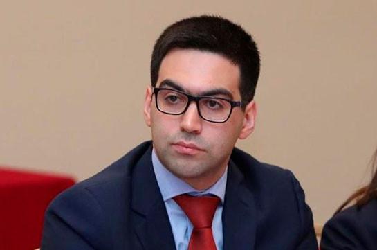 Արդարադատության նախարար Ռուստամ Բադասյանը չի ազատվել աշխատանքից