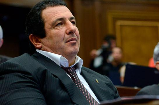 Парламент Армении обратится в Конституционный суд по вопросу лишения Гагика Царукяна депутатского мандата