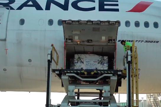 Երևան է ժամանել Ֆրանսիայի կառավարության կողմից արցախահայությանը տրամադրված հումանիտար օժանդակության երկրորդ ինքնաթիռը