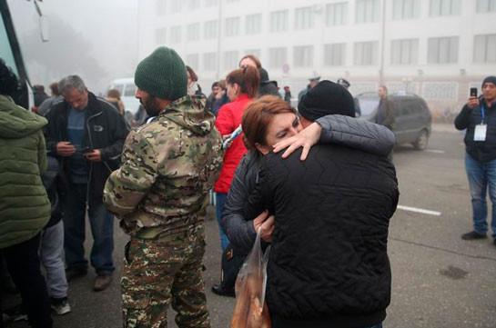 Больше двух тысяч беженцев вернулись в Карабах за сутки