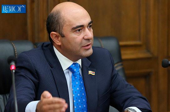 Предлагаем создать трехстороннюю комиссию по вопросам военнопленных в составе представителей РФ, Армении и Азербайджана – Эдмон Марукян