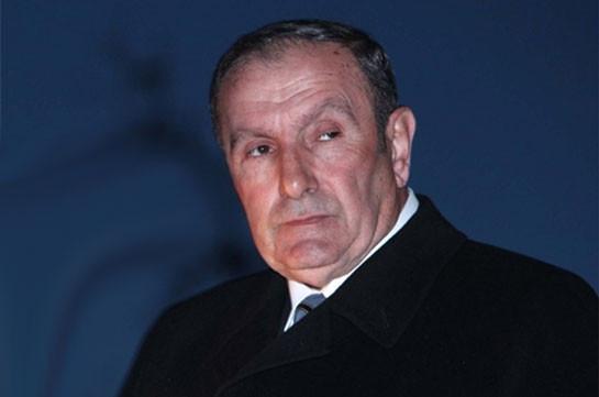 Armenia's first president toughly responds to Pashinyan's post