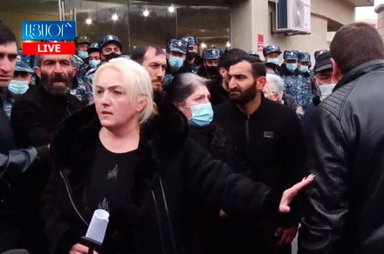 Минобороны Армении сообщило родственникам без вести пропавших военнослужащих, что в ближайшие дни им ответят