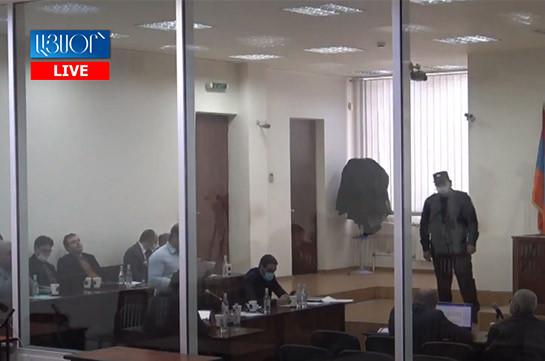 Քոչարյանի փաստաբանները մեղադրող բոլոր դատախազներին բացարկ հայտնեցին