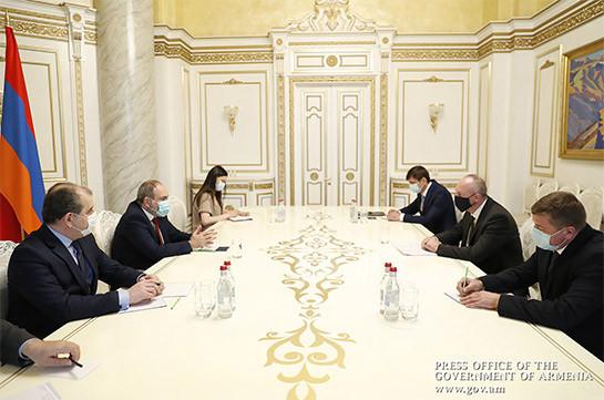 Հայկական կողմի համար կարևորագույն առաջնահերթություն է ռազմագերիների վերադարձը. Փաշինյանը՝ Բելառուսի դեսպանին