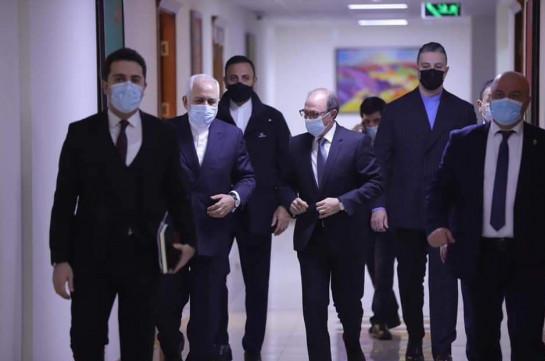 Ара Айвазян: Дружба народов Армении и Ирана - лучший пример межкультурного диалога