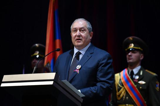 Мы в долгу перед нашими павшими героями - президент Армении