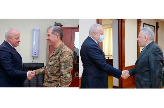ՌԴ դեսպանն այցելել է ՊՆ, կարևորել պաշտպանական ոլորտում հայ-ռուսական հարաբերությունների ռազմավարական մակարդակը
