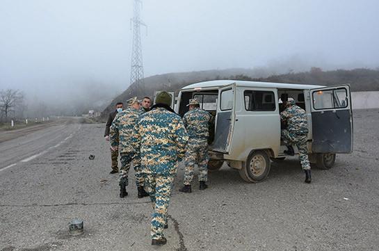 Работы по поиску тел погибших военнослужащих приостановлены из-за тумана и плохой видимости