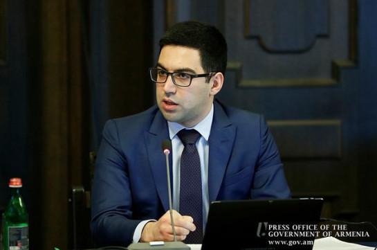 В Армении амнистируют лиц, достигших 27 лет и уклонившихся от службы в армии до войны в Карабахе