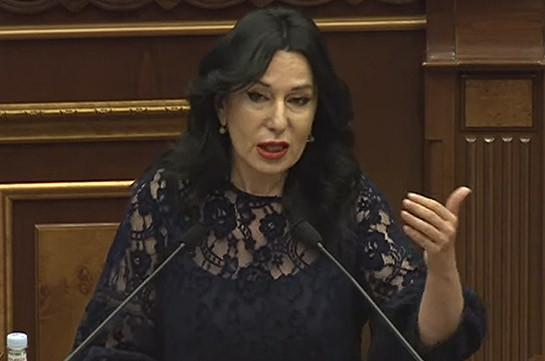 Նաիրա Զոհրաբյանն առաջարկում է, որ մինչև 2020թ. սեպտեմբերի 26-ը զորակոչից խուսափած անձանց նկատմամբ համաներում հայտարարելու նշագիծը սահմանել մինչև դեկտեմբերի 31-ը