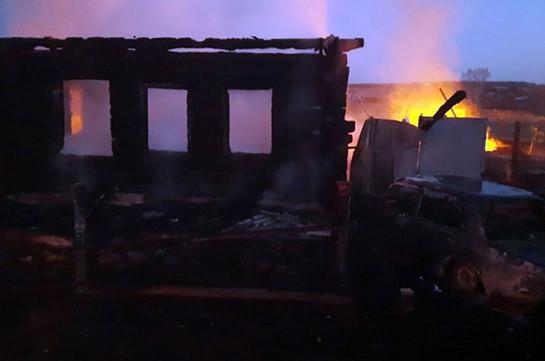 При пожаре на Урале пропали пять детей