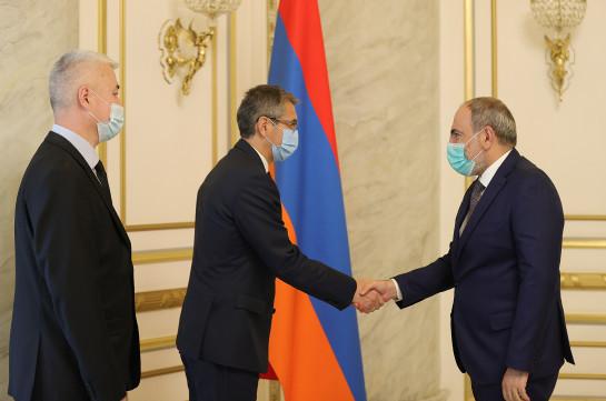 Նիկոլ Փաշինյանը Ղազախստանի դեսպանի ուշադրությունն է հրավիրել Ադրբեջանի կողմից հայկական հուշարձանների ոչնչացման քաղաքականության վրա