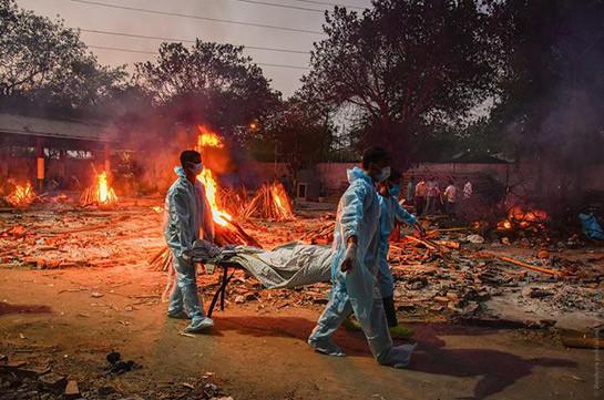 В Индии установлен очередной антирекорд смертности от COVID-19