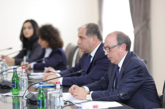 Armenia's acting FM stresses to his Russian counterpart the importance of return of all Armenian captives kept in Azerbaijan
