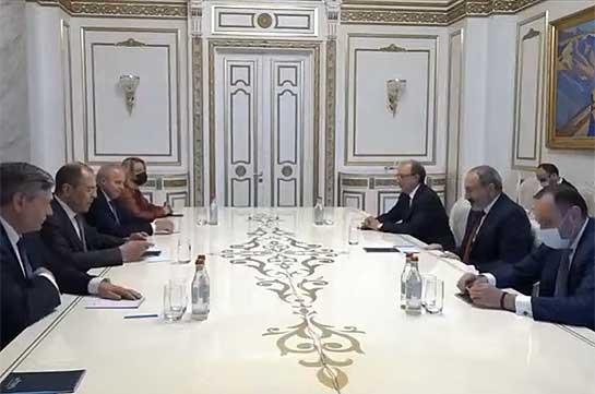 Baku implements anti-Armenian bacchanal – Armenia's acting PM to Russia's FM