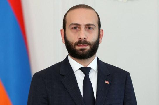 Делегация во главе с Араратом Мирзояном отбывает с официальным визитом в Литву