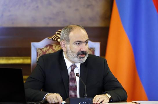 Процесс уточнения границы с Азербайджаном должен осуществляться не в двухстороннем, а в трехстороннем формате - Пашинян