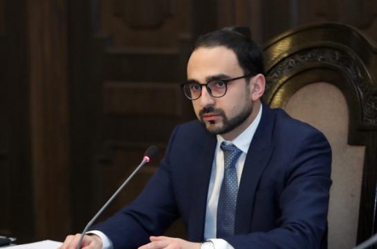 Тигран Авинян объяснил, почему не подписал заявление об отставке замминистра иностранных дел
