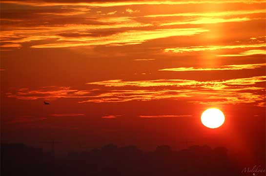 Ժամը 11:00-ից մինչև 17:00-ն խորհուրդ է տրվում խուսափել արևի ուղիղ ճառագայթներից