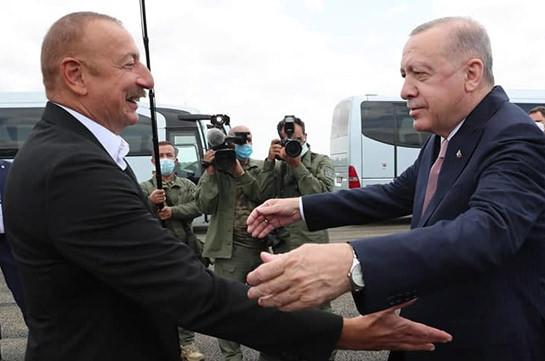Алиев встретил Эрдогана в Физули