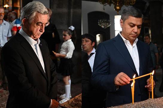 Սերժ Սարգսյանը և Արթուր Վանեցյանը «Յոթ վերք» եկեղեցում մոմ են վառել և աղոթել Հայաստանի ու Արցախի խաղաղության, գերիների շուտափույթ վերադարձի համար