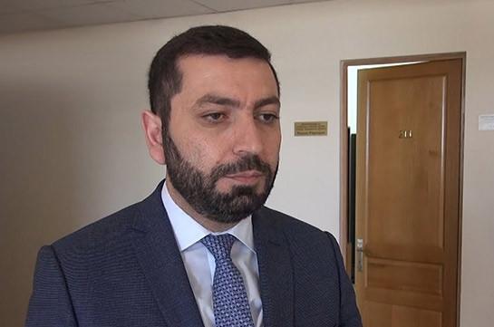 Իմքայլական պատգամավոր Ռուստամ Բաքոյանը կռիվ է հրահրել ընտրատեղամասում (Տեսանյութ)
