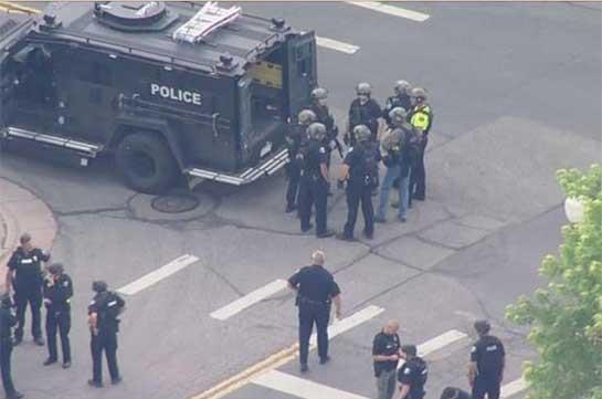 В Колорадо два человека, включая полицейского, погибли при стрельбе