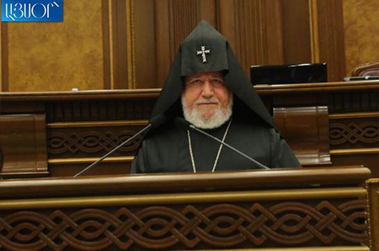 Католикос Всех Армян направил поздравительное послание Николу Пашиняну