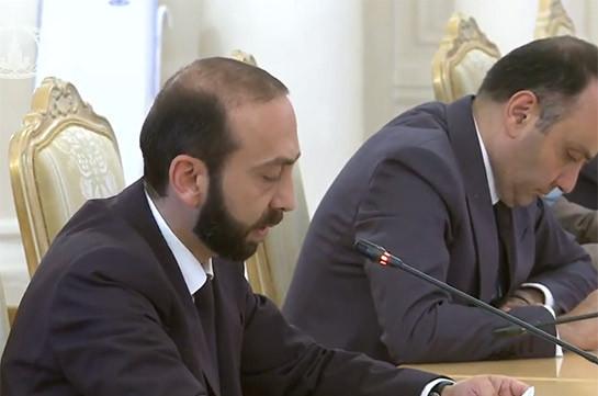 На данном этапе никакие переговоры по мирному договору не ведутся с Азербайджаном – глава МИД Армении